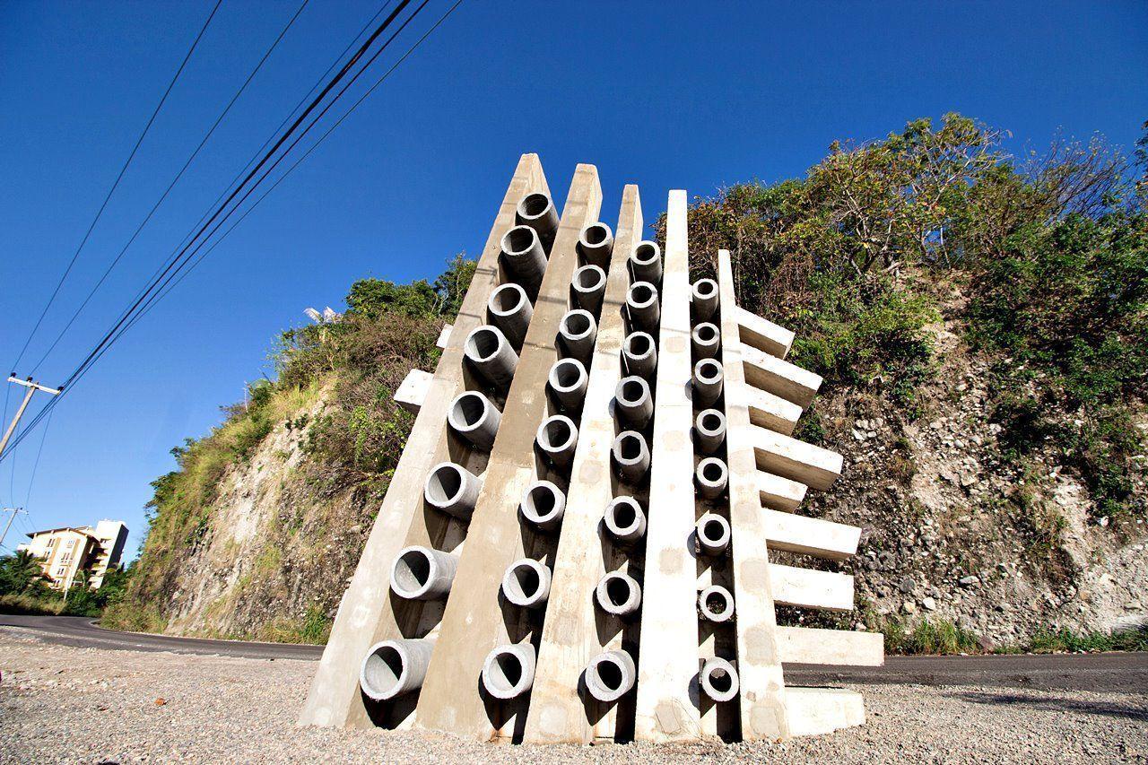 Escultores del mundo embellecen Puerto Vallarta