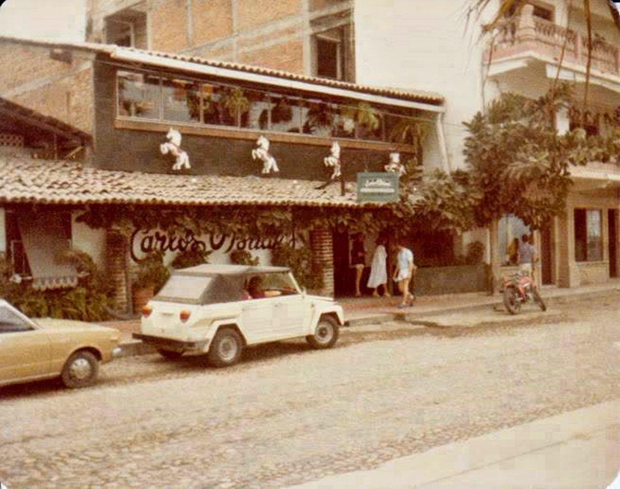 Puerto Vallarta en el recuerdo, Carlos O´Brians, locales emblemáticos de los 70