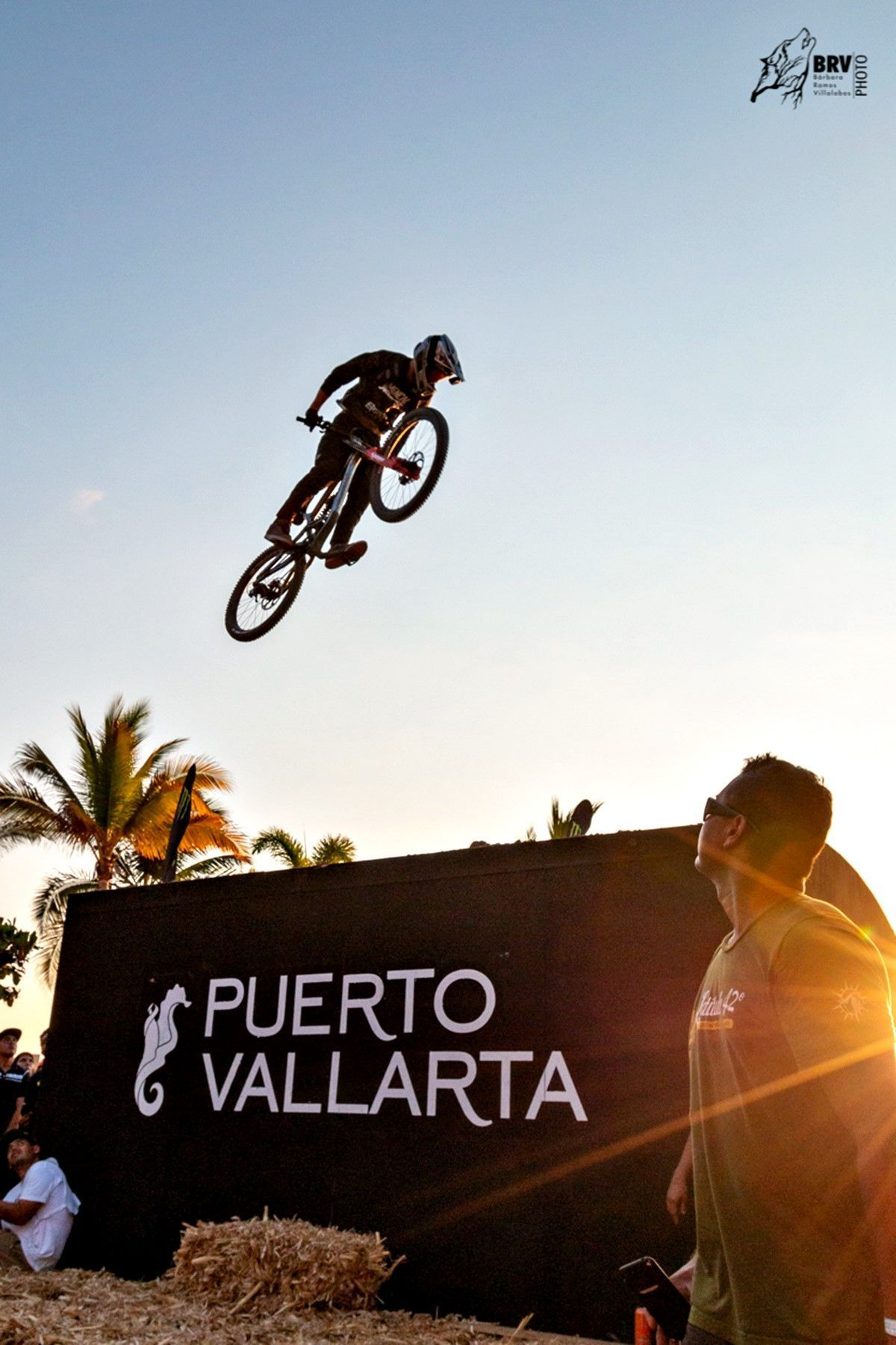 Down Hill 2019: Riders in the sky of Vallarta