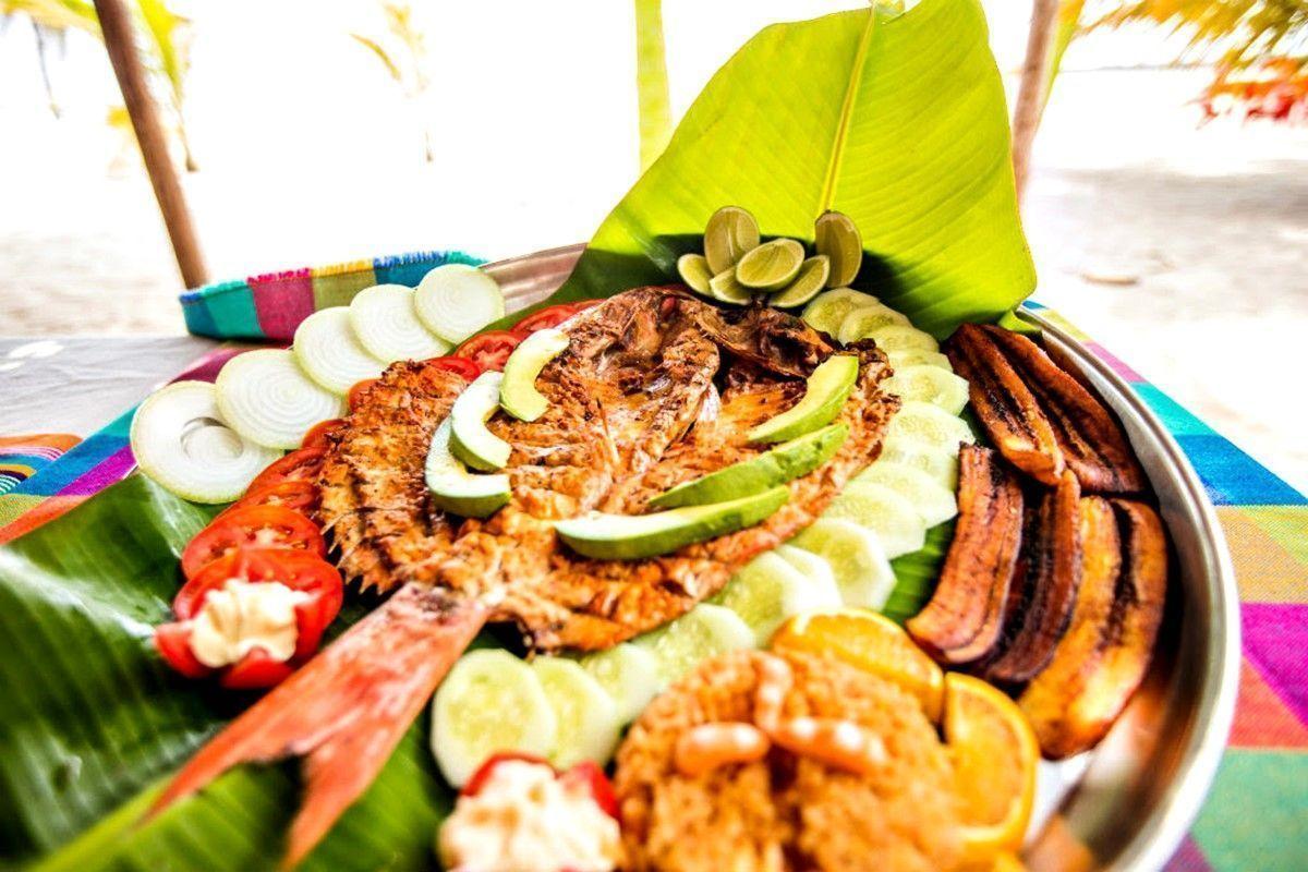 Pescado Zarandeado: el mejor platillo mexicano en nuestra bahía