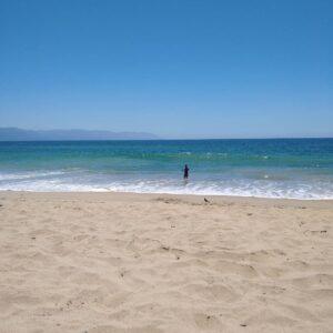 Playa Camarones, equilibrio perfecto