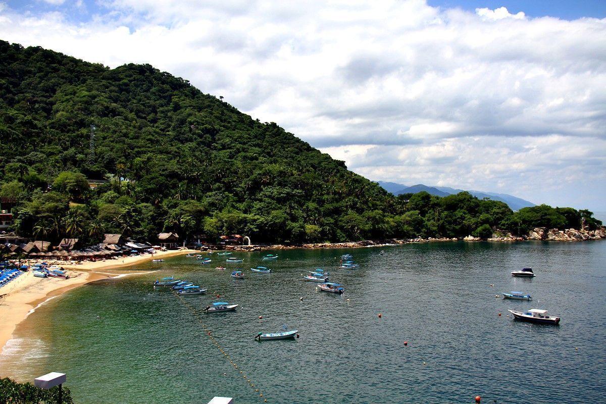 Mismaloya, la playa donde se pescan estrellas