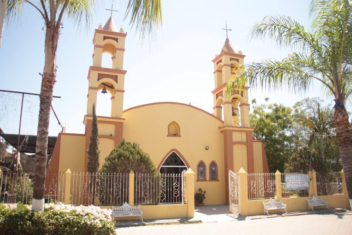 Los templos de Bahía de Banderas: historia y culto