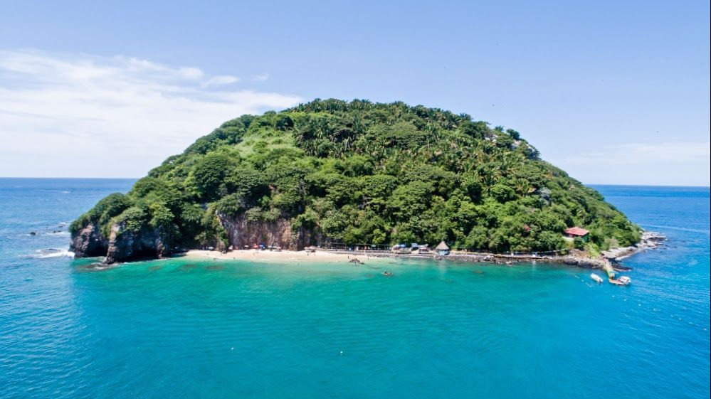Coral Island: an almost deserted paradise for you in Riviera Nayarit