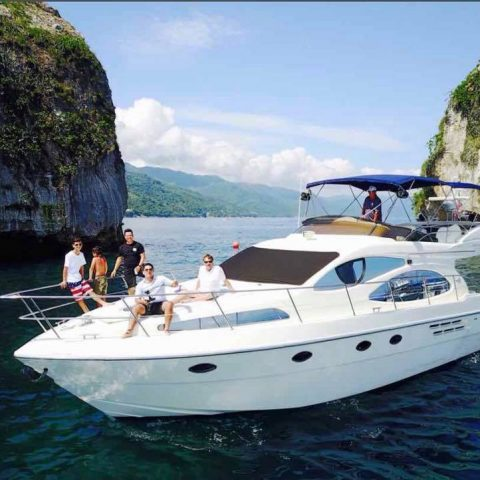 Exclusive Yachts in Puerto Vallarta: glamor, fun and relaxation